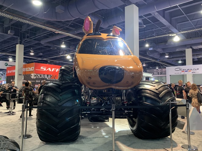 KETER TEAM IN 2019 SEMA SHOW